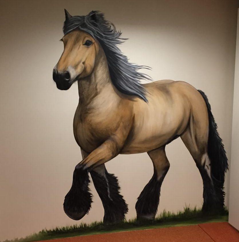 Muurschildering boerenknol