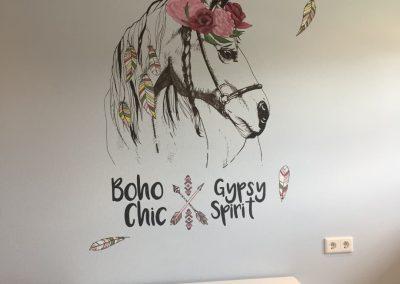 Muurschildering lijntekening paard