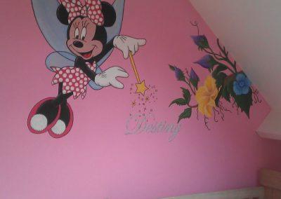 Muurschildering babykamer minnie mouse